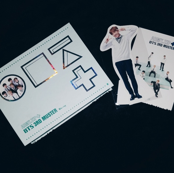 BTS MUSTER 3 Blu Ray w/ Jhope Standee